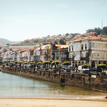 Day 1 - Arrival to Baiona
